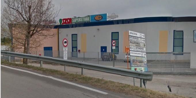 Il supermercato Sisa a Penne