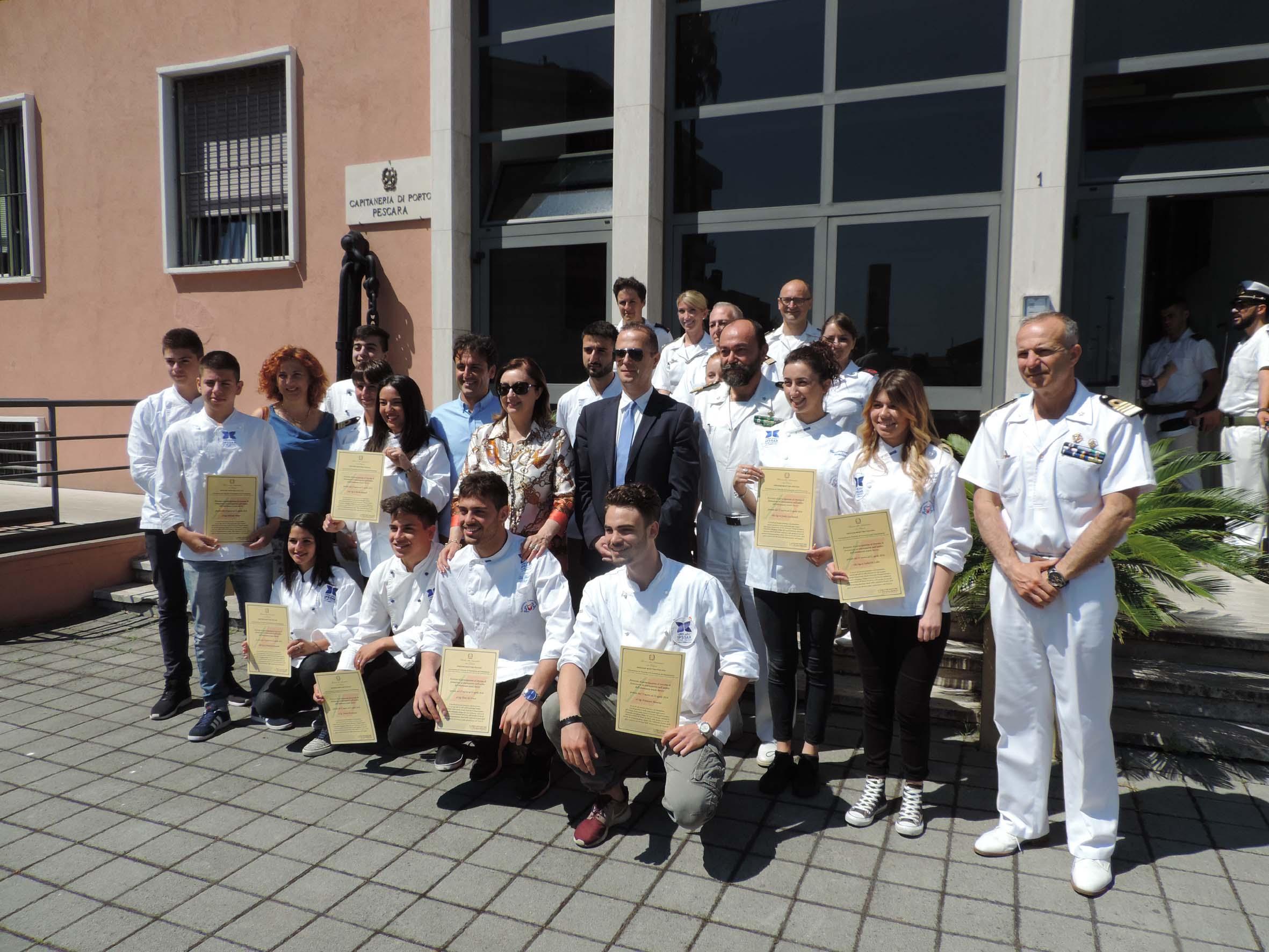 Foto di gruppo studenti Alberghiero2