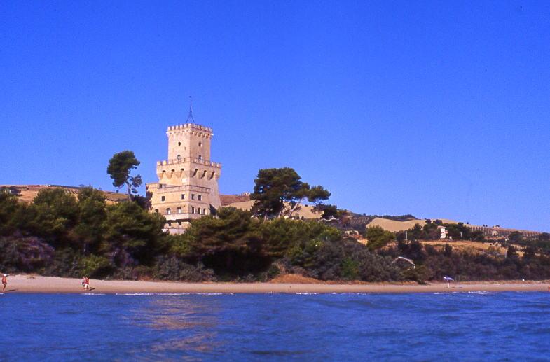 AMP-Torre-del-Cerrano-Teramo